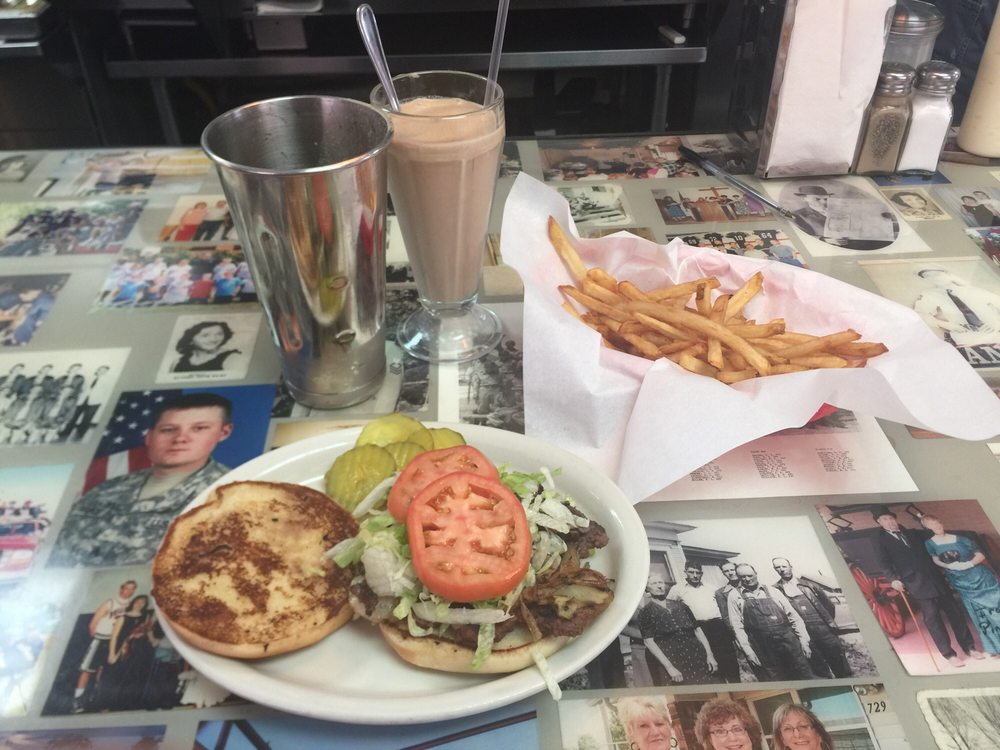 Sid's Diner Minco: 420 SW 3rd, Minco, OK
