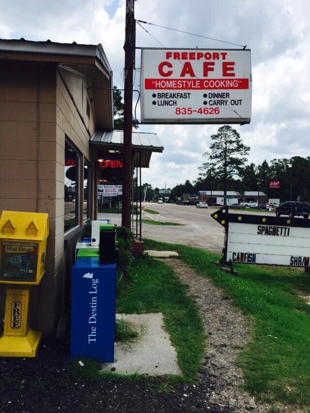 Freeport Cafe: 39 State Hwy 20 E, Freeport, FL