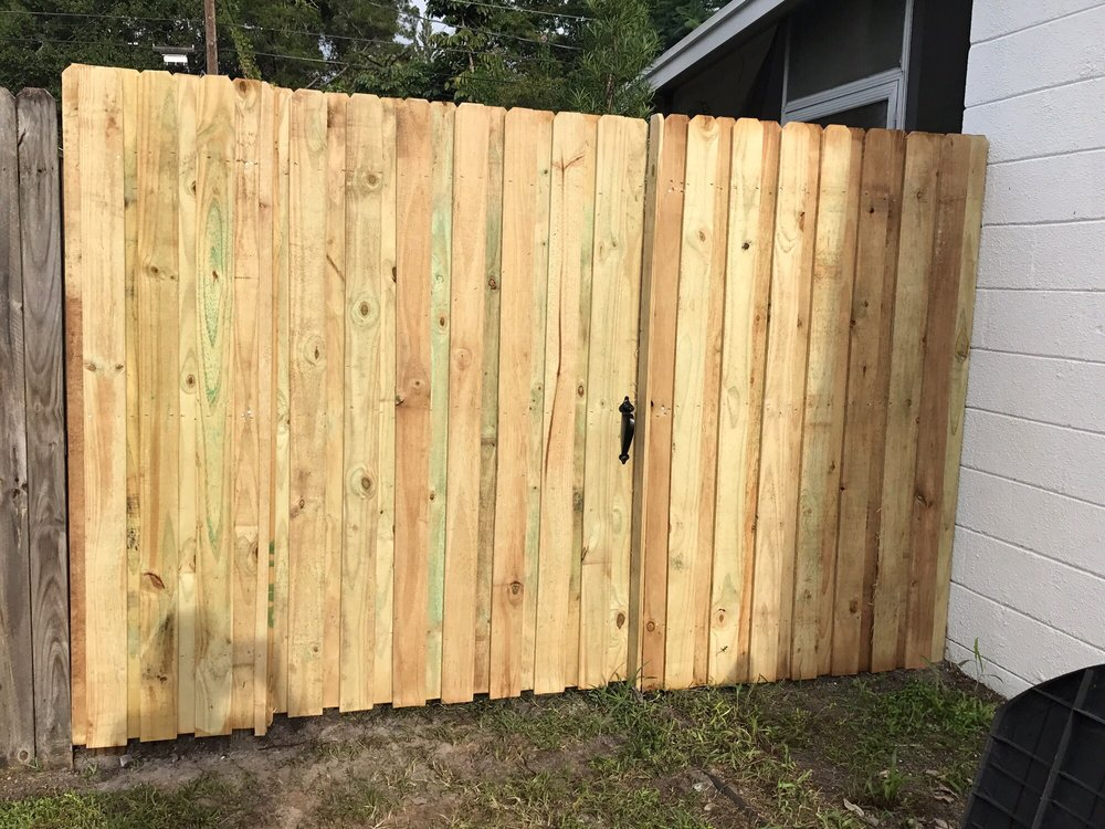 Specialty Fence: 6571 43rd St N, Pinellas Park, FL