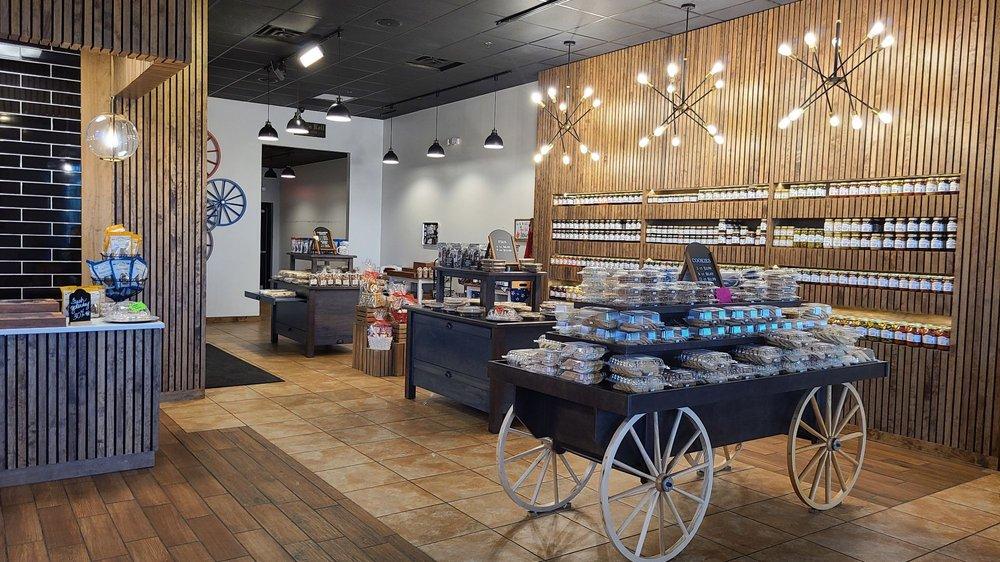 Rise'n Roll Bakery: 9263 East US Hwy 36, Avon, IN