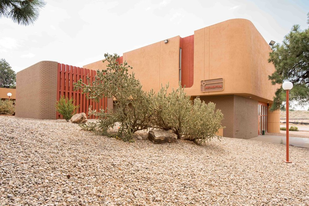 Desert Creek Apartments