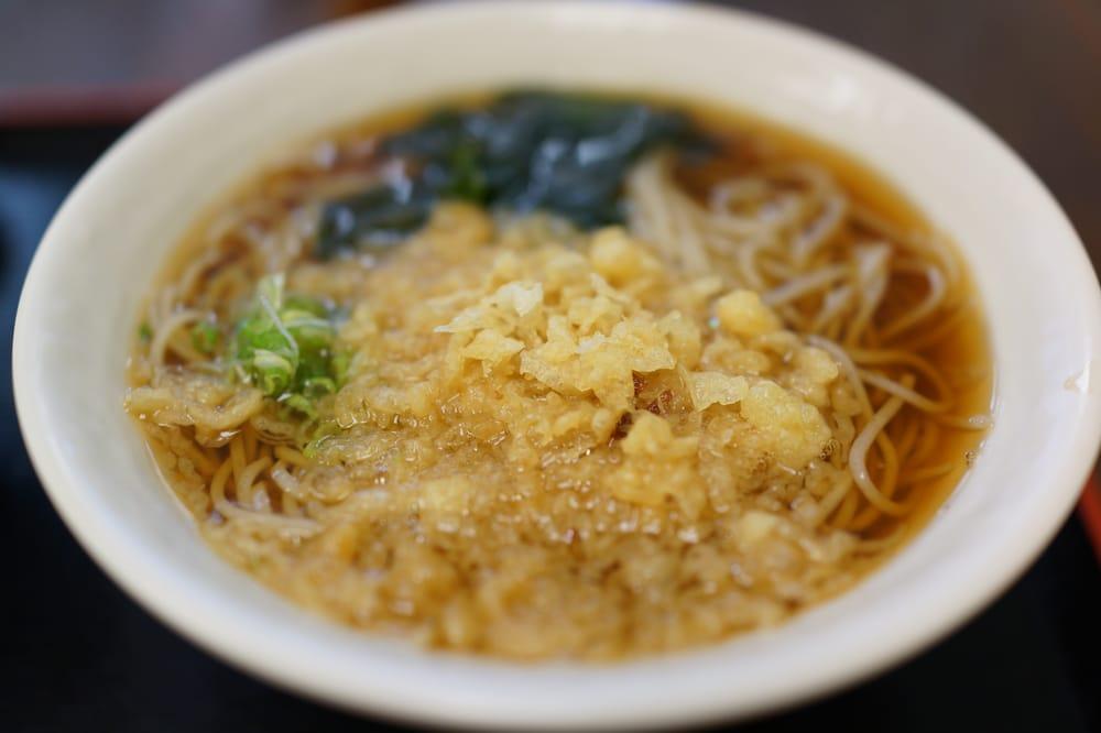 soba noodles tempura flakes