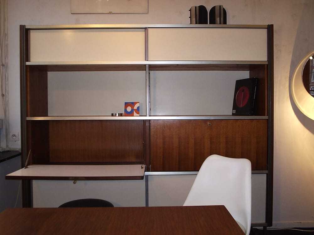 vintage tulip saarinen et meuble biblioth que secr taire. Black Bedroom Furniture Sets. Home Design Ideas