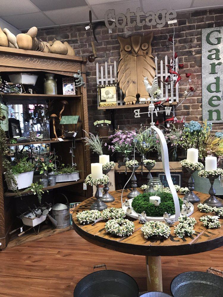 Cahoot's General Store: 53 N Main St, Crossville, TN