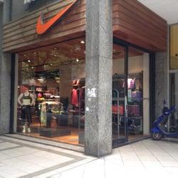 9c7955ab8fc19 Foto de Nike Shop Rosario - Rosario