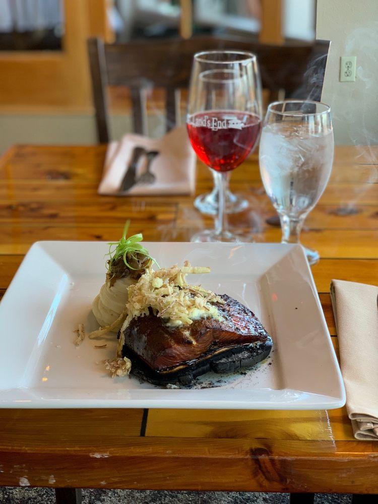 The Chart Room Restaurant: 4786 Homer Spit Rd, Homer, AK