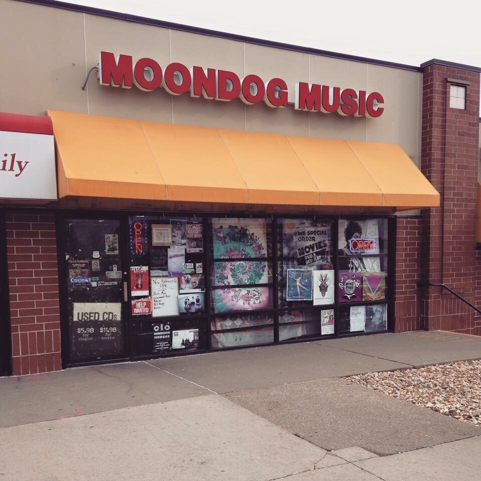 Moondog Music: 806 Wacker Dr, Dubuque, IA