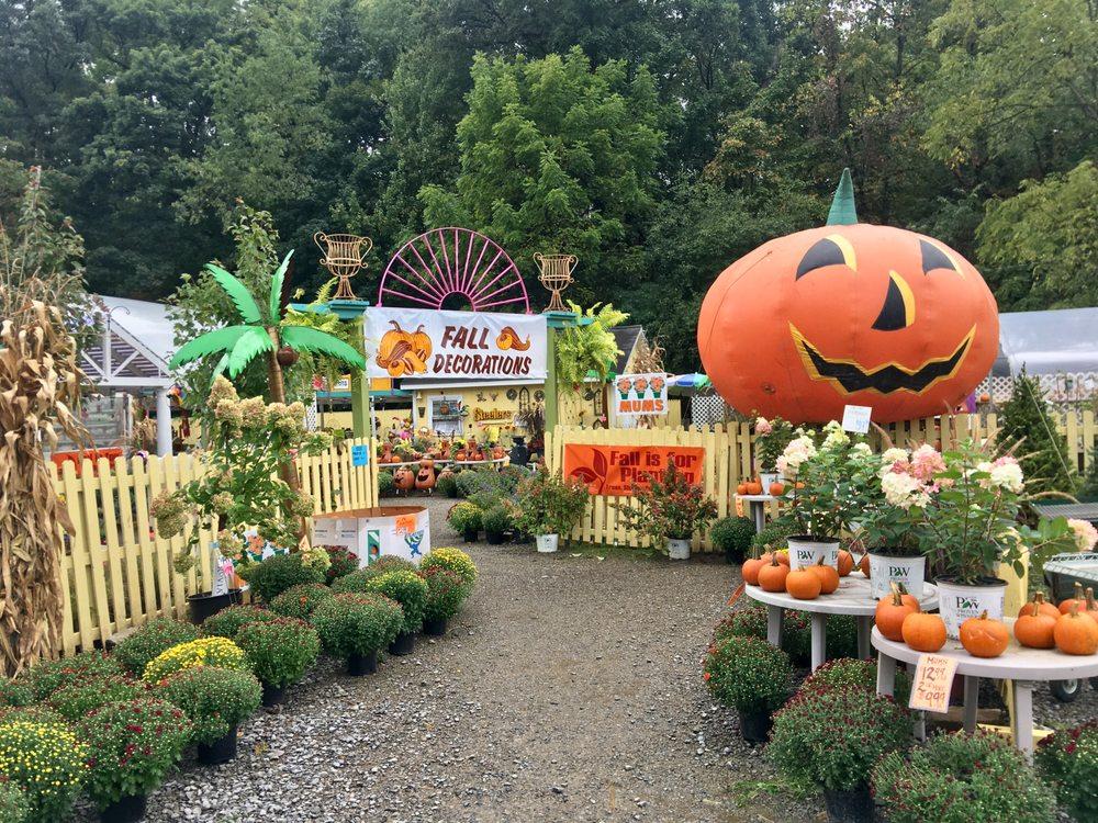 Hahn Nursery Garden Center & Greenhouses