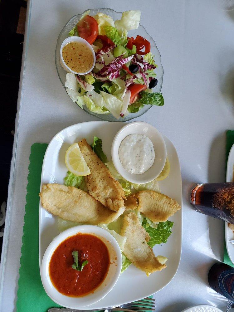 Gianni's Restaurant: 1241 E Main St, Meriden, CT