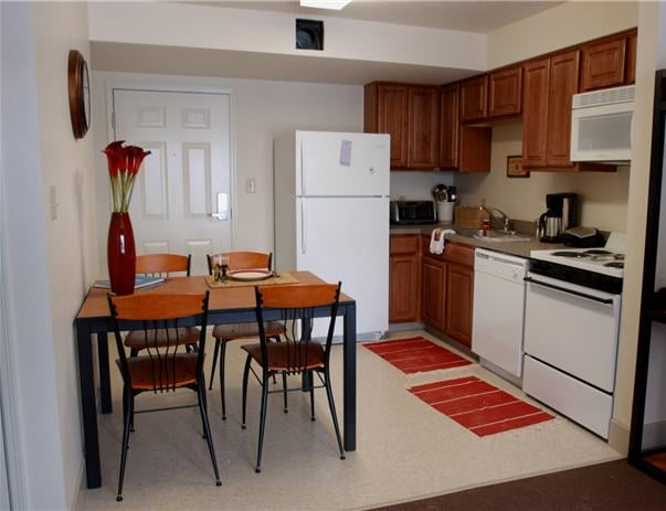 IPFW Student Housing: 4110 Cres Ave, Fort Wayne, IN
