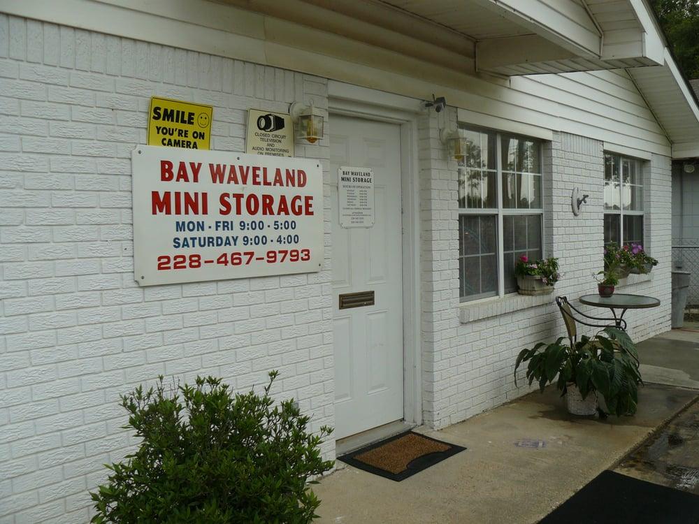 Bay Waveland Mini Storage: 926 Hwy 90, Waveland, MS