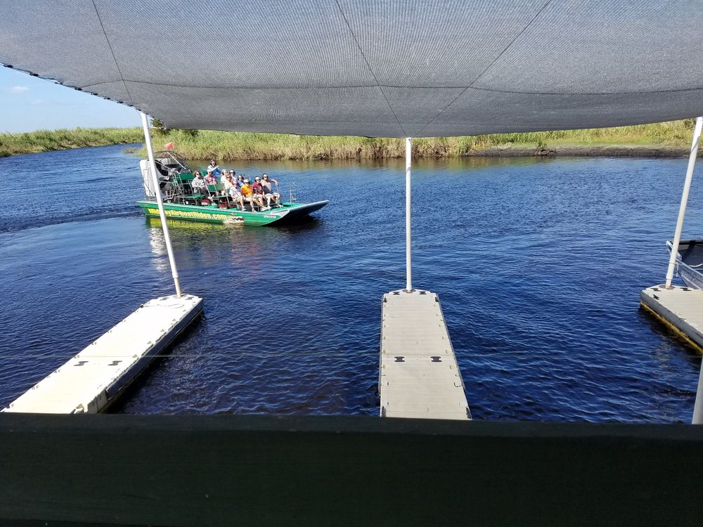 Central Florida Airboat Rides and Tours: 4650 E State Rd 46, Geneva, FL