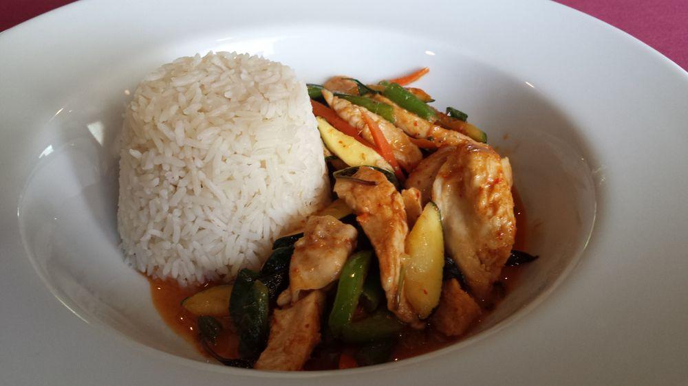 Basil Continental & Oriental Cuisine: 766 S Greensboro St, Liberty, NC