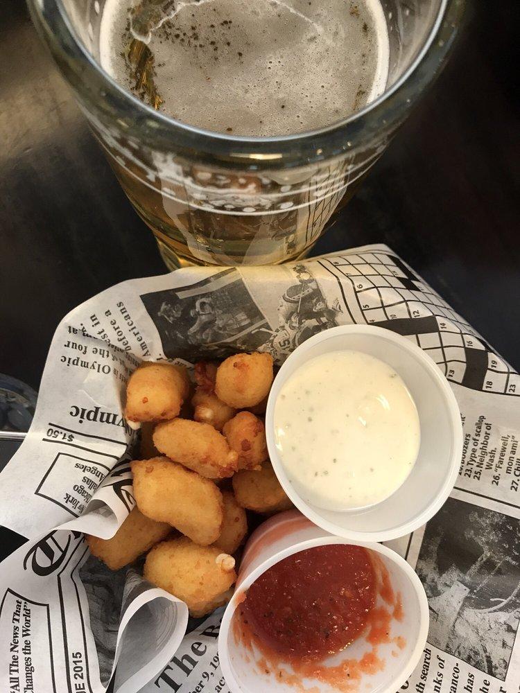 Hot Mama's Pizza & Brew: 745 Movie Ranch Rd, Duck Creek Village, UT