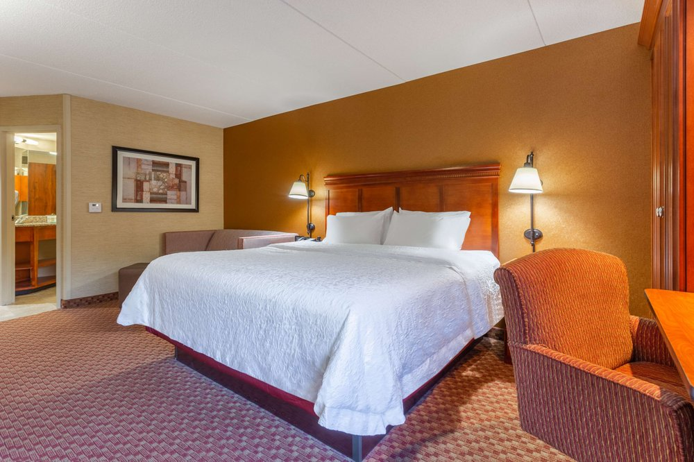 Hampton Inn Peoria-East At The River Boat Crossing: 11 Winners Way, East Peoria, IL