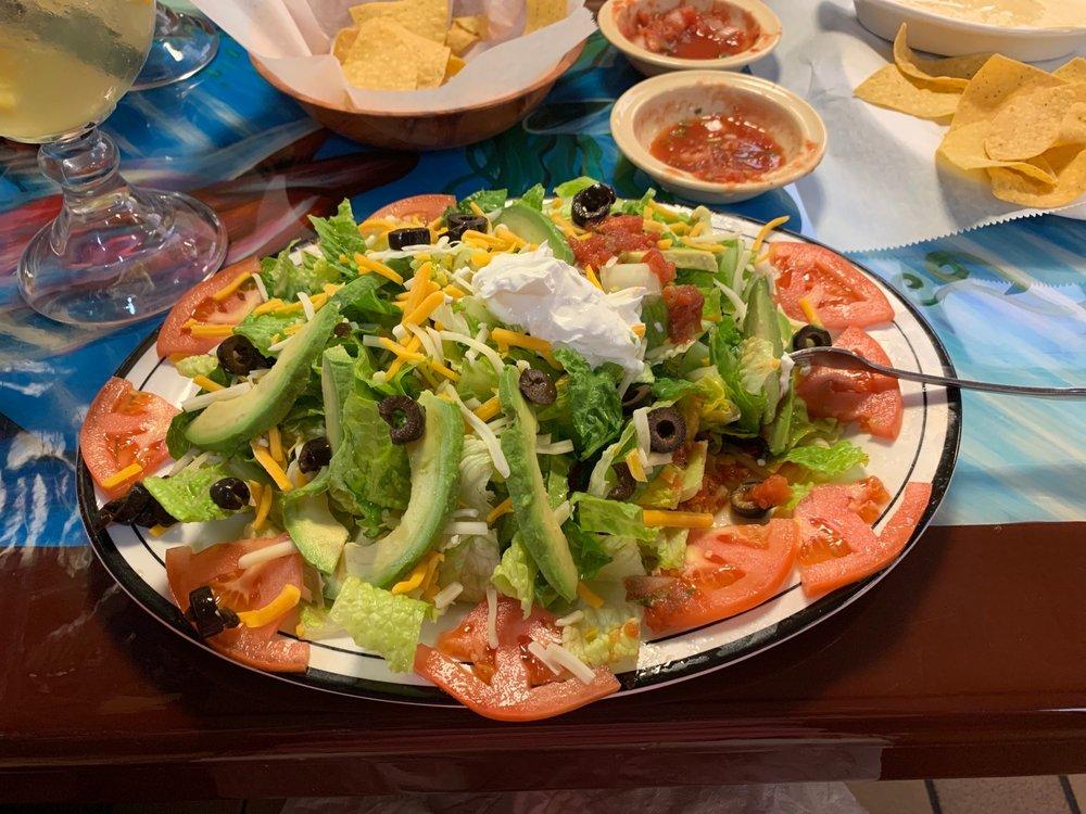 Food from Brisas del Mar