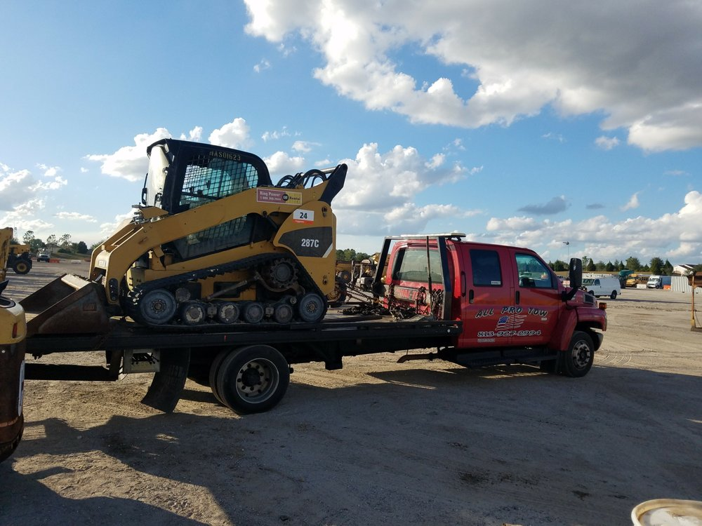 Towing business in University, FL