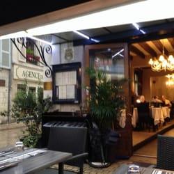 le grand bleu 11 beitr ge restaurants 6 rue du march saumur maine et loire frankreich. Black Bedroom Furniture Sets. Home Design Ideas