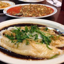 Lihue, HI, Stati Uniti. Steamed Sea Bass with ginger and green onions ...