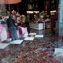 1006f26f9e8da Victoria's Secret - 14 Photos & 78 Reviews - Lingerie - 734 N ...