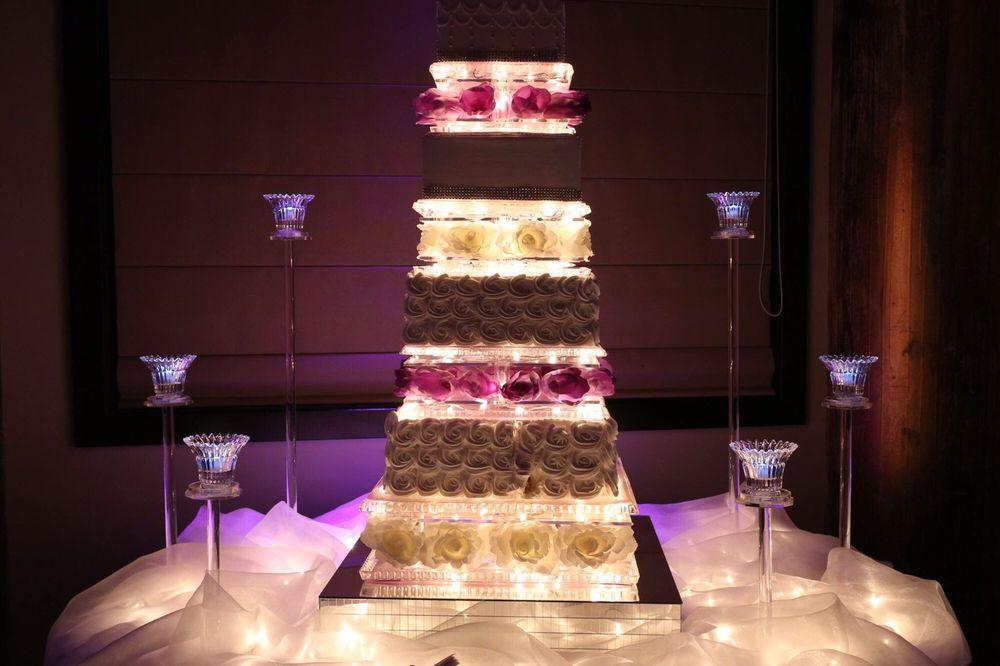 Photo Of Franchesco S Ristorante Rockford Il United States The Wedding Cake