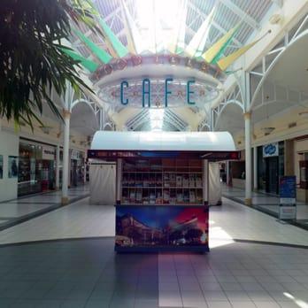 west oaks mall cafe