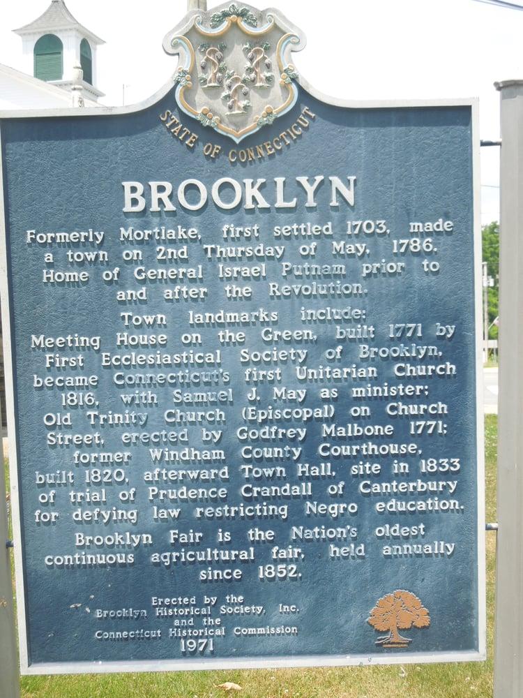 Brooklyn Historical Marker: Brooklyn Town Green, Brooklyn, CT