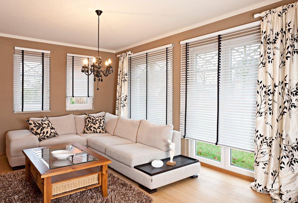 deko factory angebot erhalten 12 fotos jalousien gardinen sonnenstr 27 altstadt. Black Bedroom Furniture Sets. Home Design Ideas