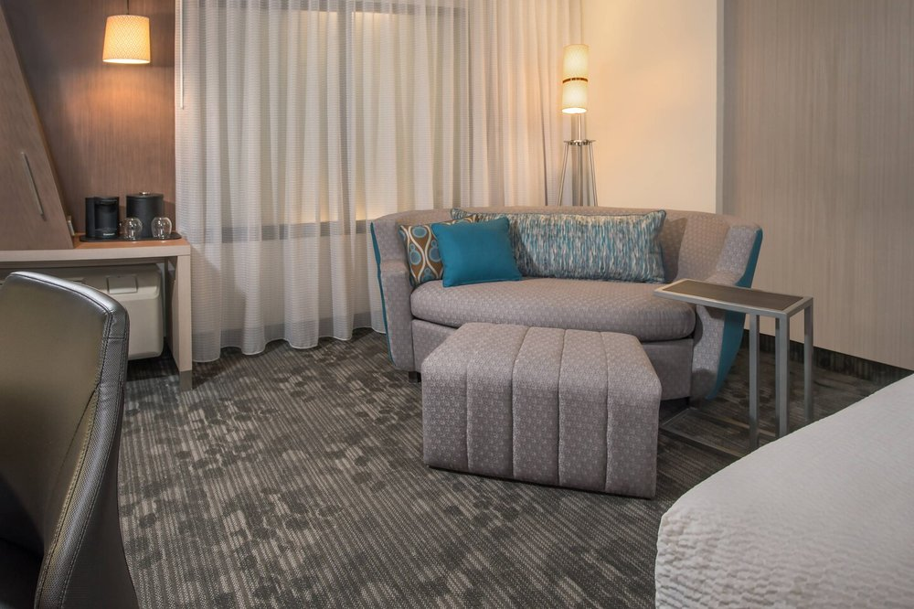 Courtyard by Marriott Sioux City Downtown/Convention Center: 901 4th Street, Sioux City, IA