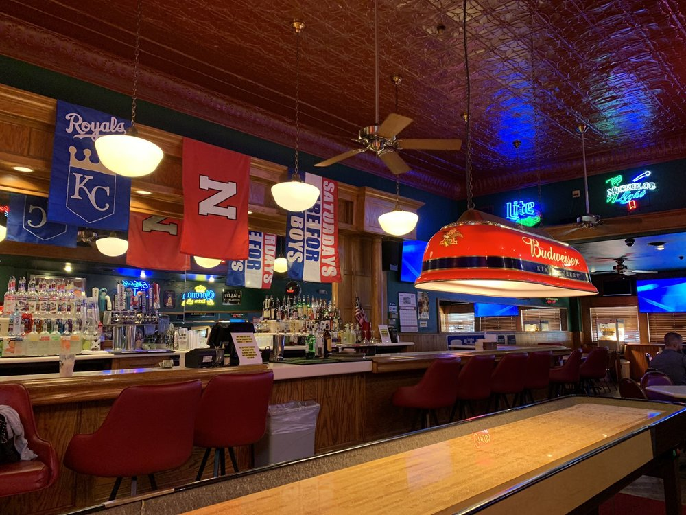Arnold's Tavern: 6113 Havelock Ave, Lincoln, NE