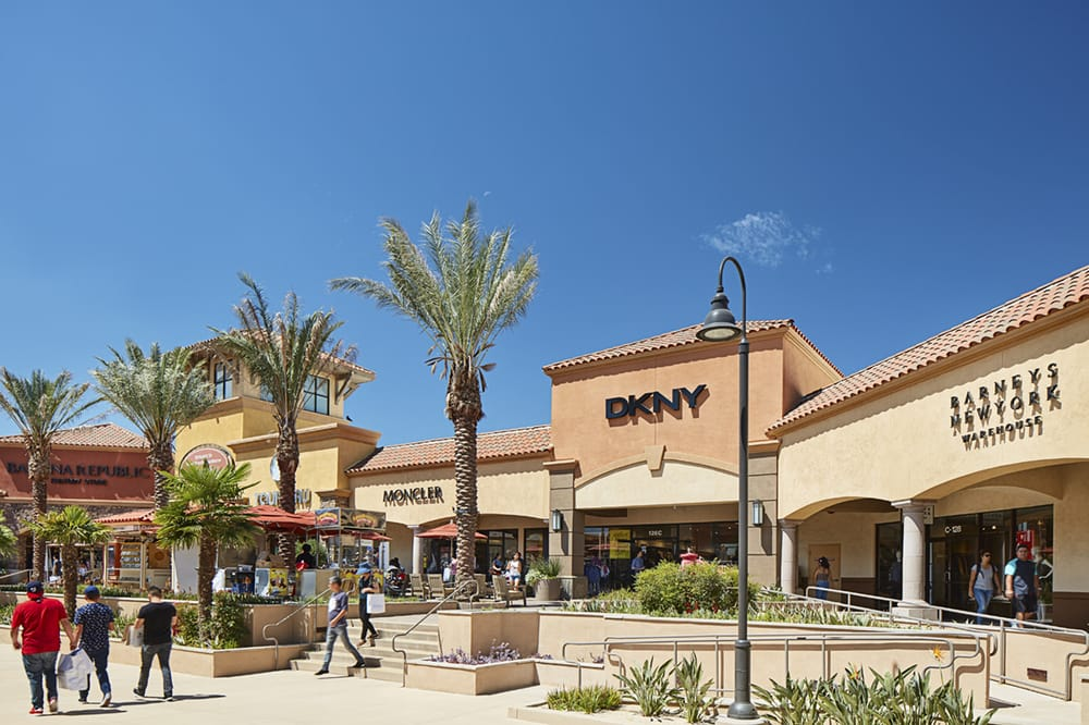 Hotels Near Palm Springs Outlet Mall