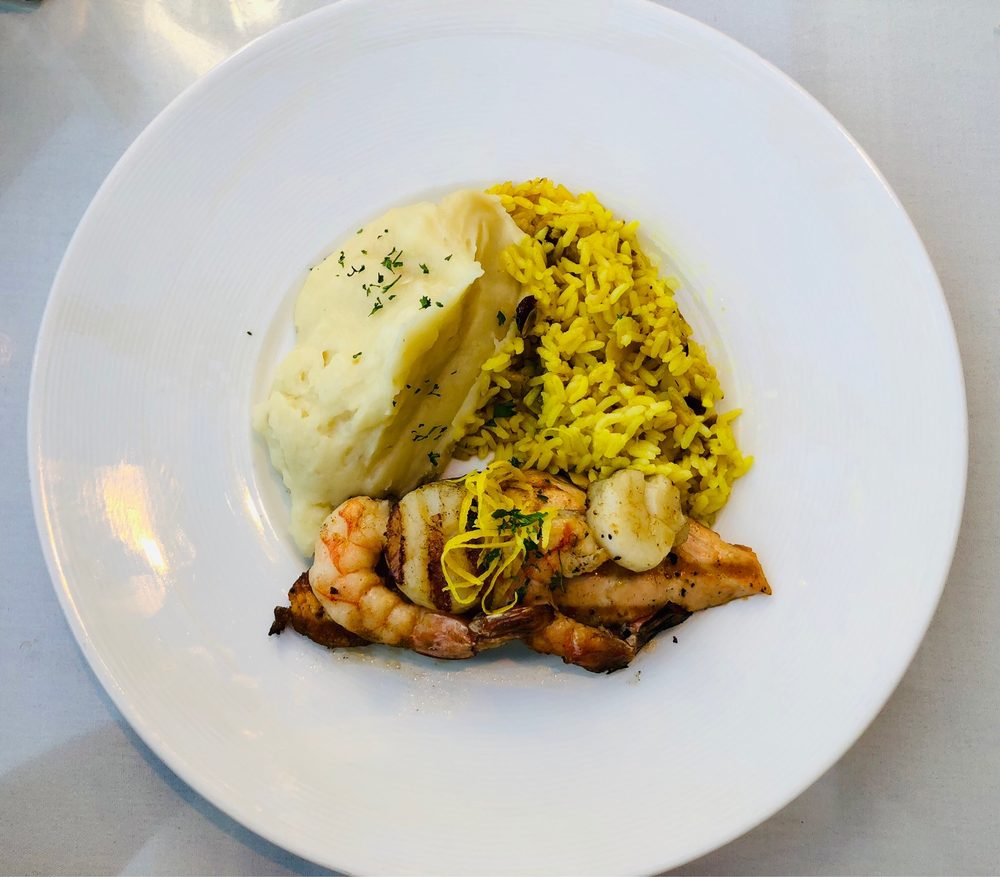 Arnies Restaurant - Mukilteo: 714 2nd St, Mukilteo, WA