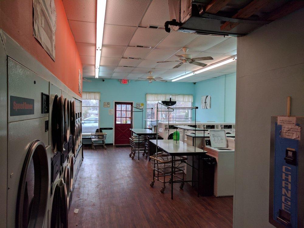 Kirkwood Laundromat: 636 West Woodbine, Kirkwood, MO