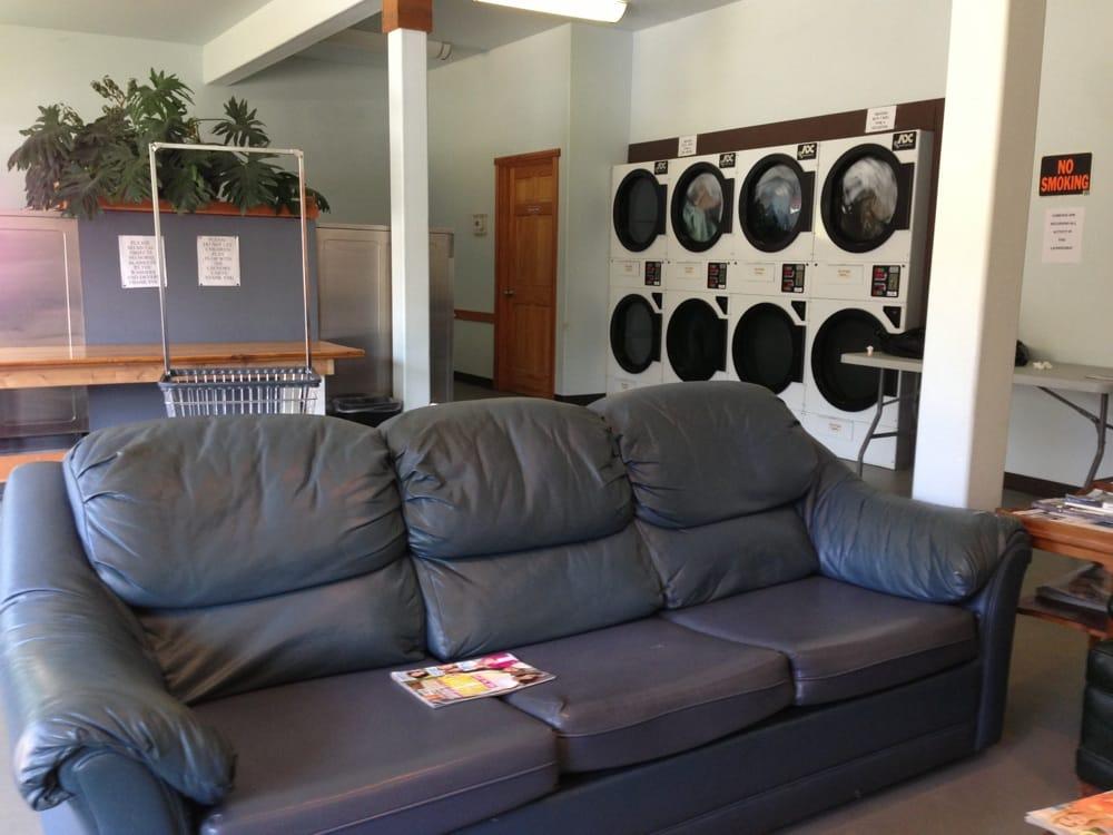 Corkrey's Coin-Op Laundry: 36180 Highway 101 N, Nehalem, OR