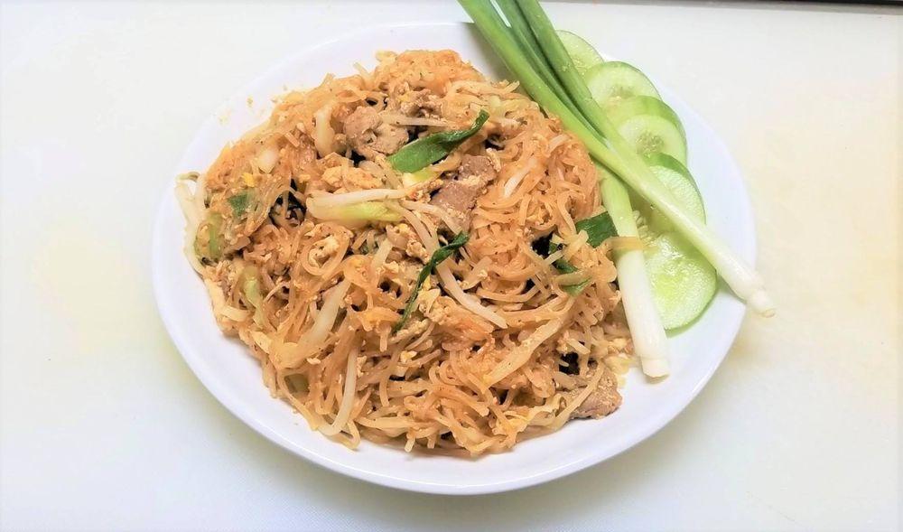 Thai Rice & Noodle Cafe: 4535 SE 29th, Del City, OK