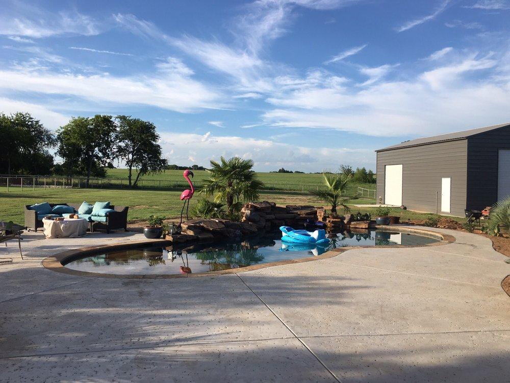 The Greenery: 3671 N Hwy 77, Waxahachie, TX
