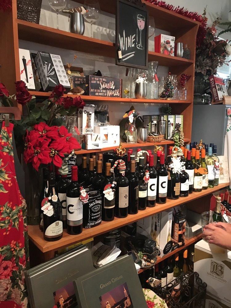 Kitchen Shop: 296 E Martin Luther King Dr, Grand Coteau, LA