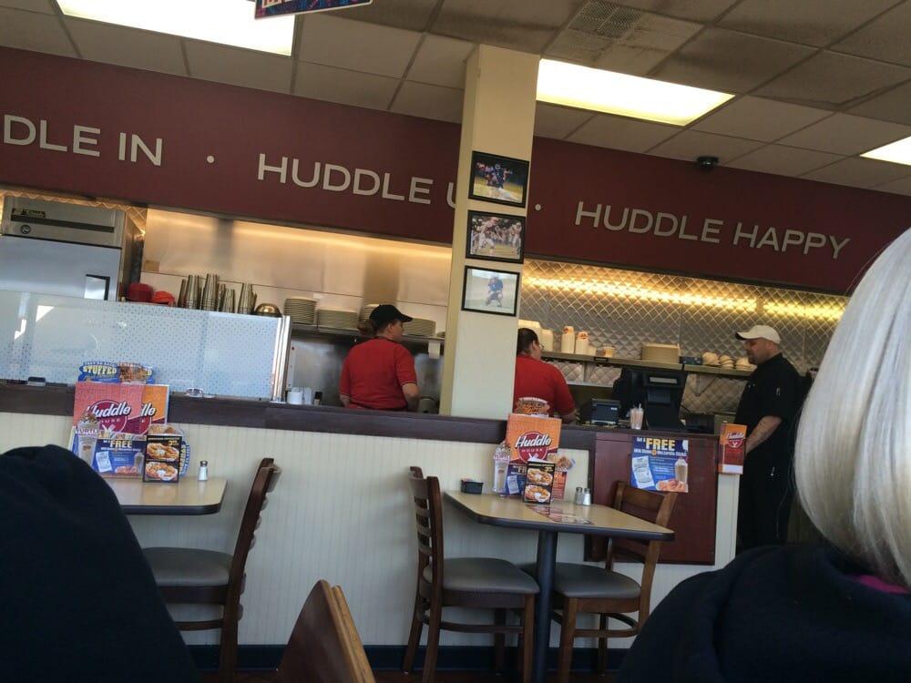 Huddle House: 10621 Dunbarton Blvd., Barnwell, SC