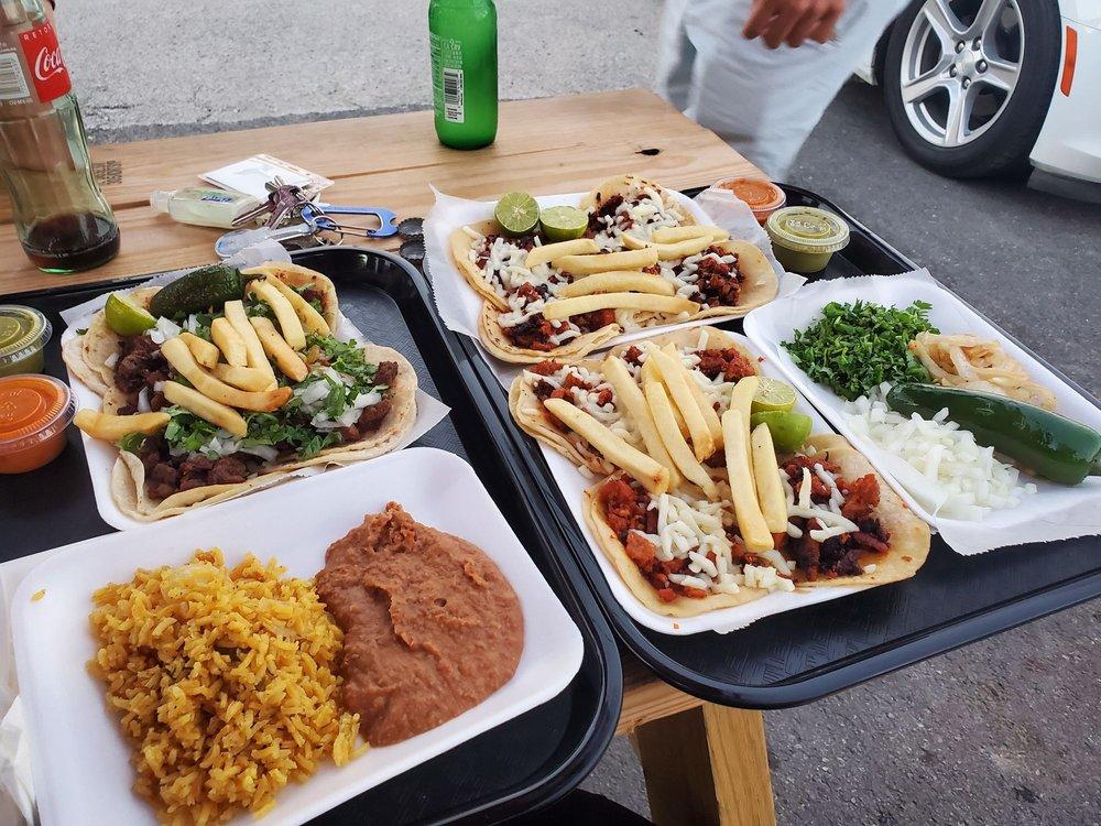 The Deli House Restaurant: 304 Holland Ave, Galena Park, TX