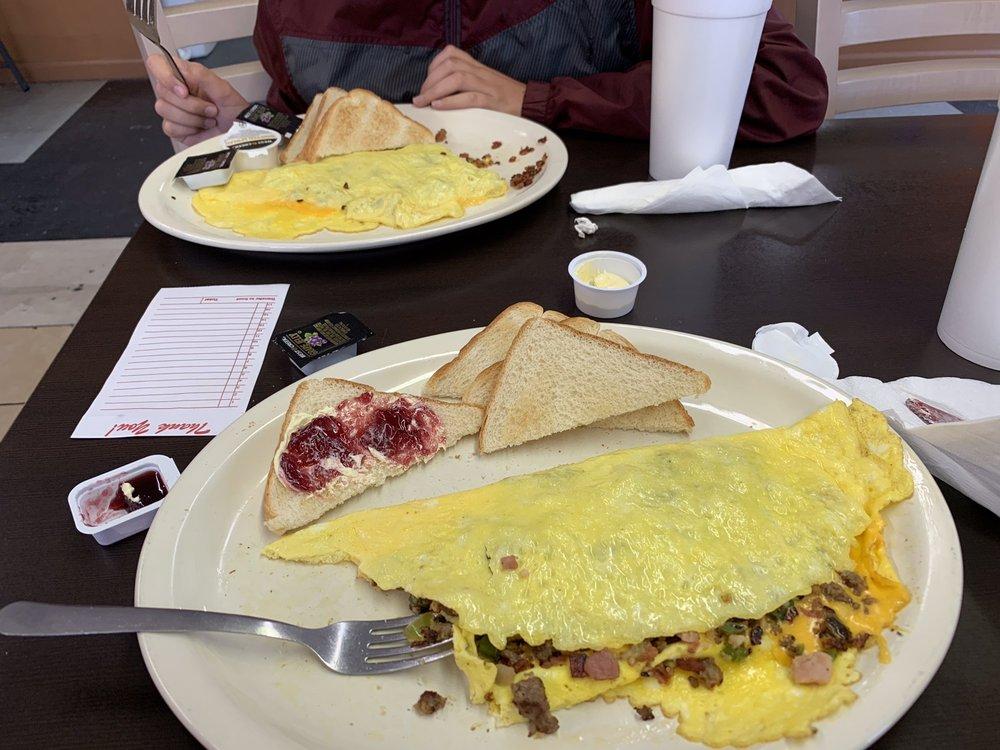 Sunrise Diner: 333 E High St, Lebanon, TN