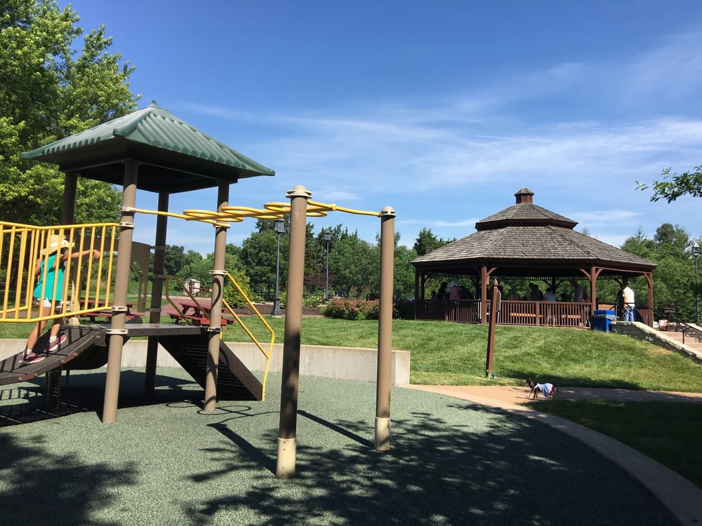 Drace Park: 2310 Cedar Valley Rd, Saint Louis, MO