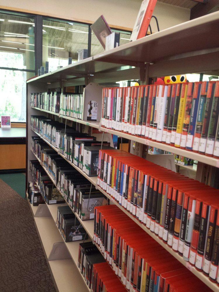 Shreve Memorial Library - David Raines Branch: 2855 Dr Martin Luther King Dr, Shreveport, LA