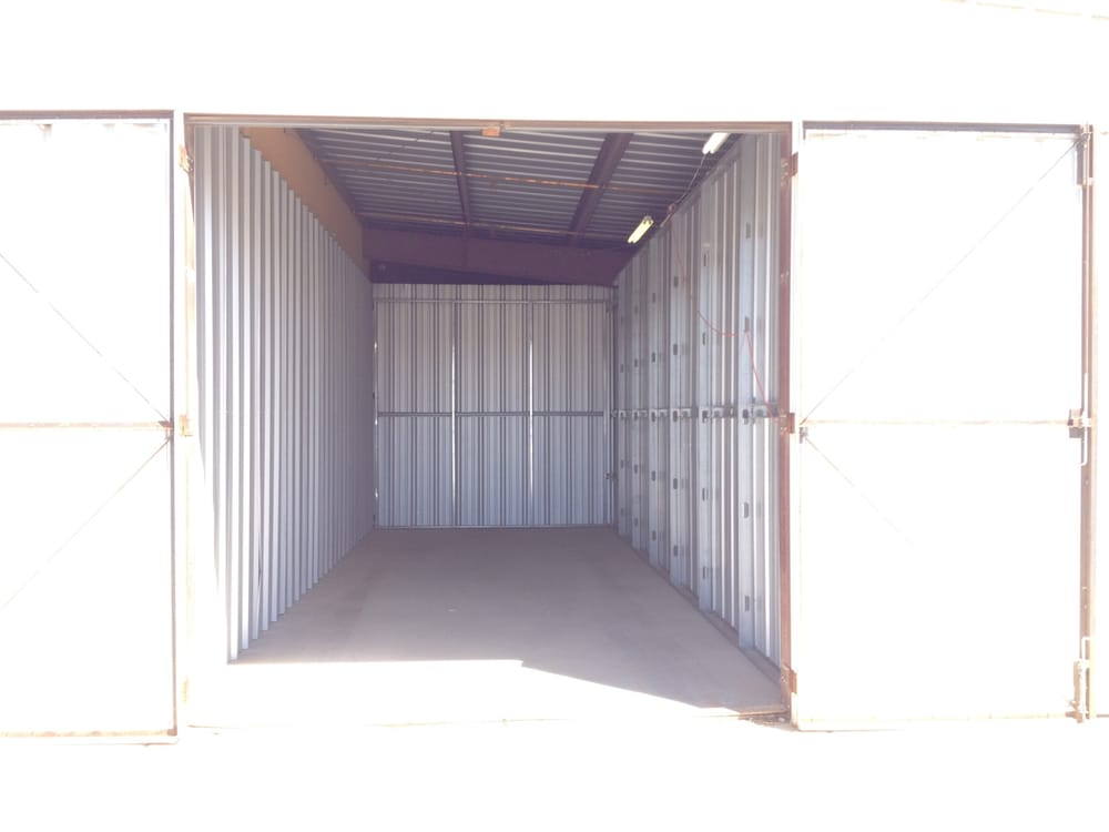 Bob & Terri Rath Storage & Boat Storage: 3550 Riverview Ter, Needles, CA