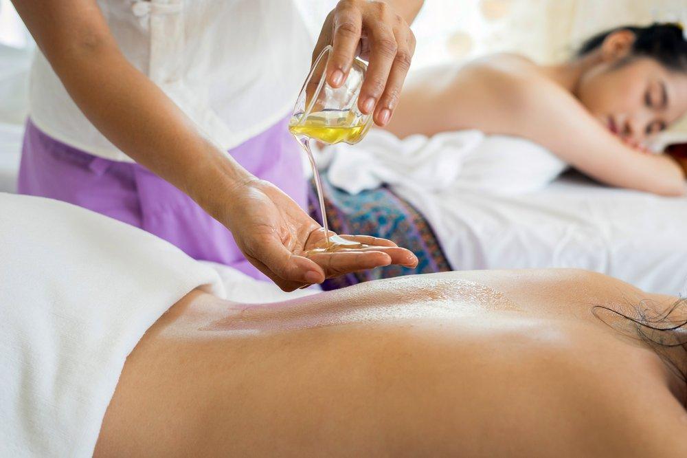 Oasis Massage: 1001 North I-35 E, DeSoto, TX