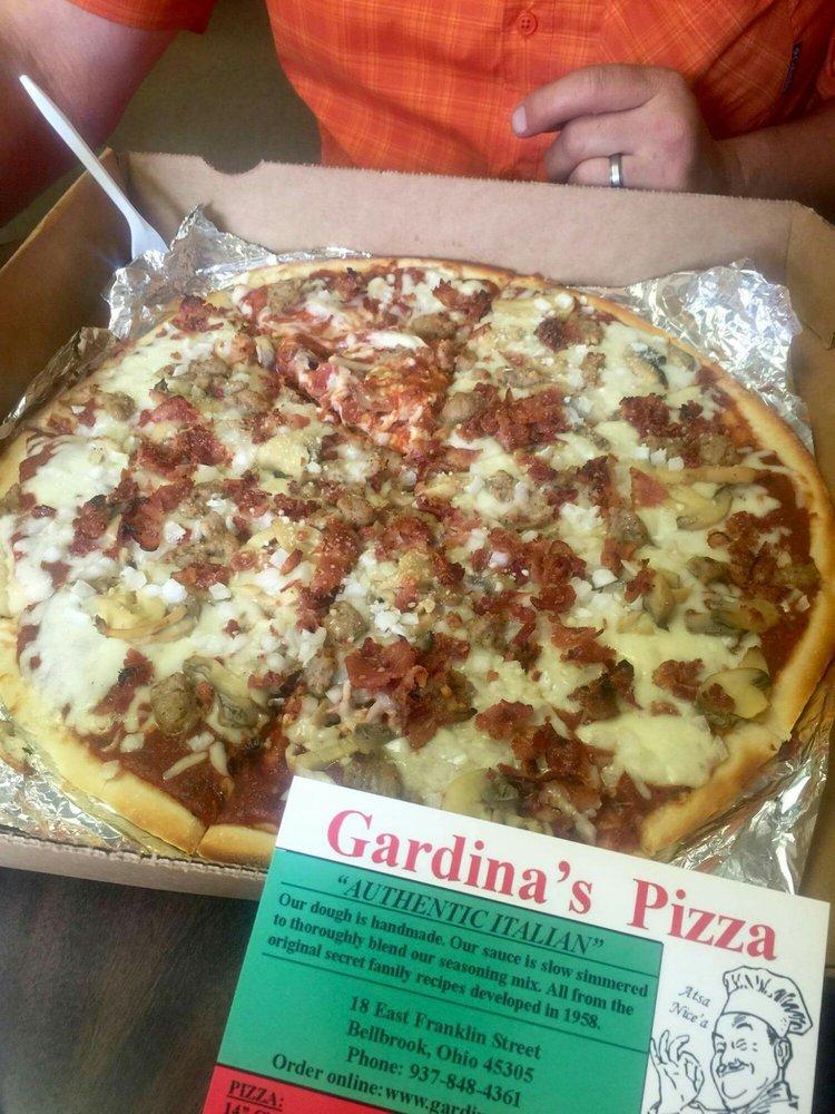 Gardina's Pizza: 18 E Franklin St, Bellbrook, OH