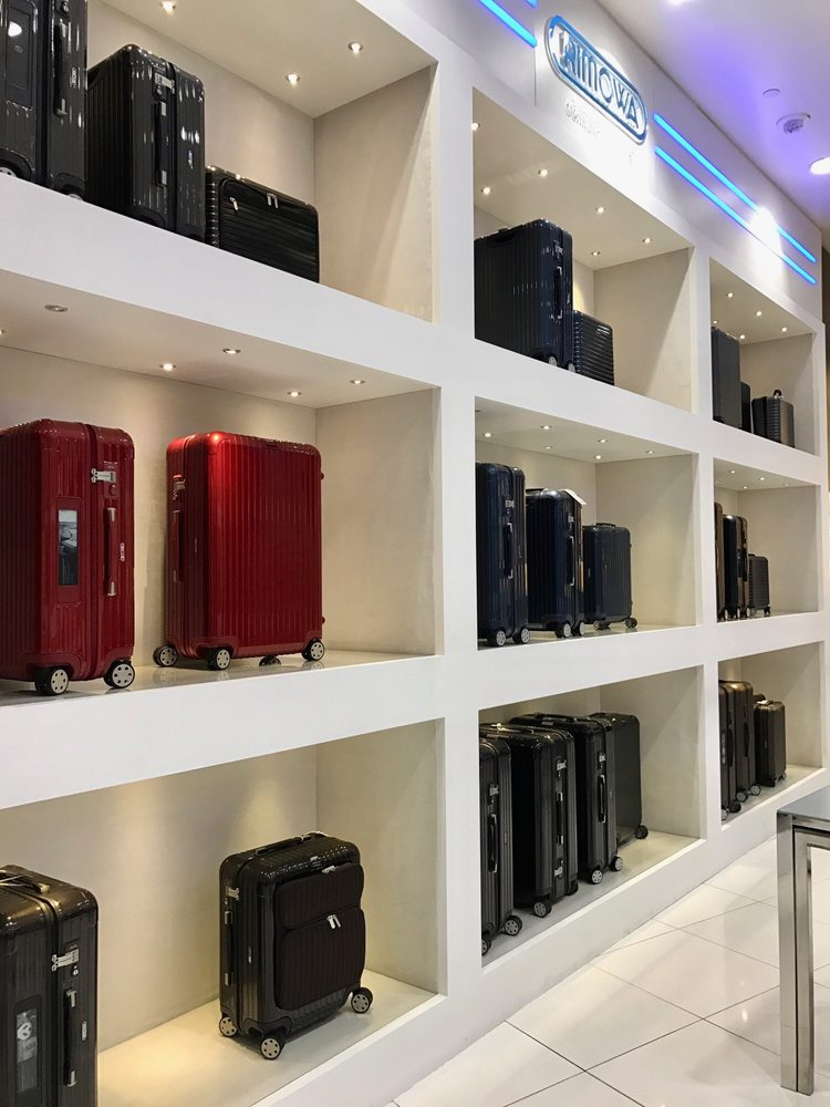 Rimowa Flagship Store: 3720 Las Vegas Blvd, South Las Vegas, NV