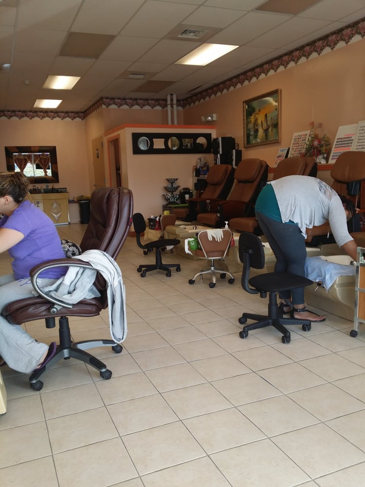 Andys Nails - CLOSED - Nail Salons - 1086 Willett Ave ...