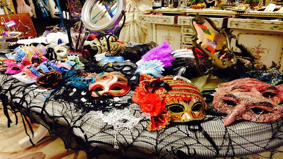 Alley Cat Purrfect Price: 6 Center St, Geneseo, NY