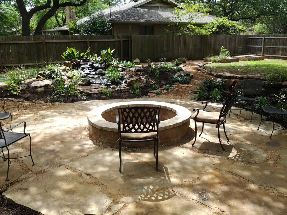 Large Decomposed Granite And Flagstone Patio With A Five