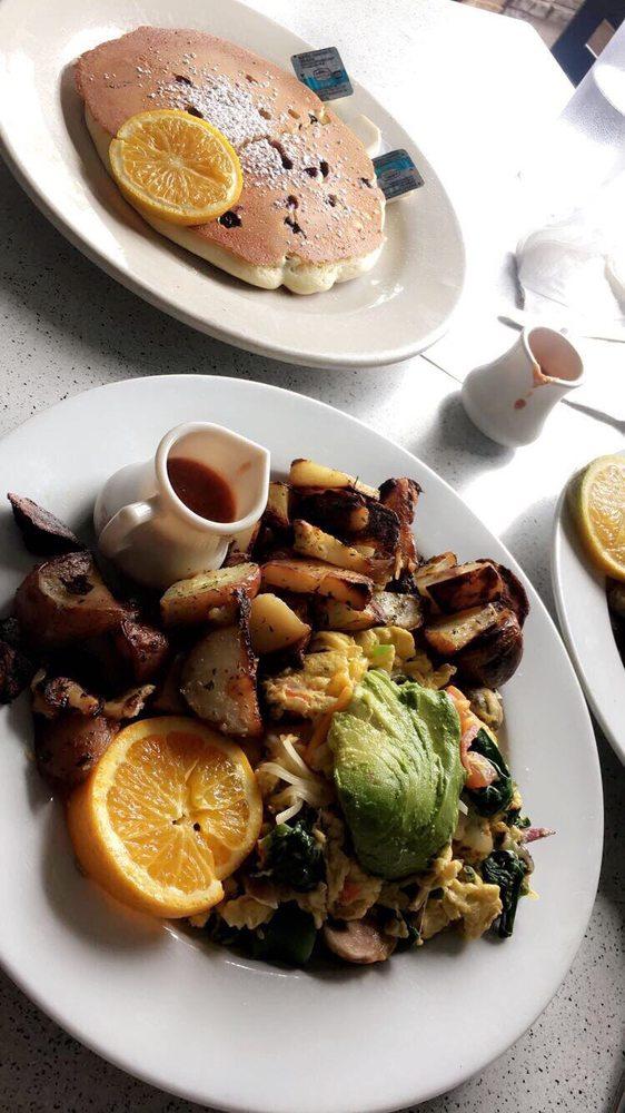 Swami's Café La Mesa